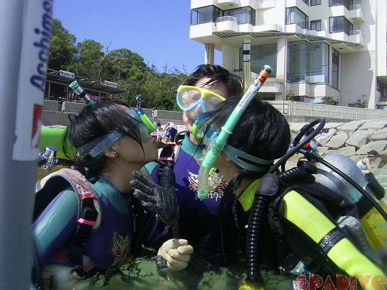 2004年8月南紀白浜権現崎体験ダイビング画像