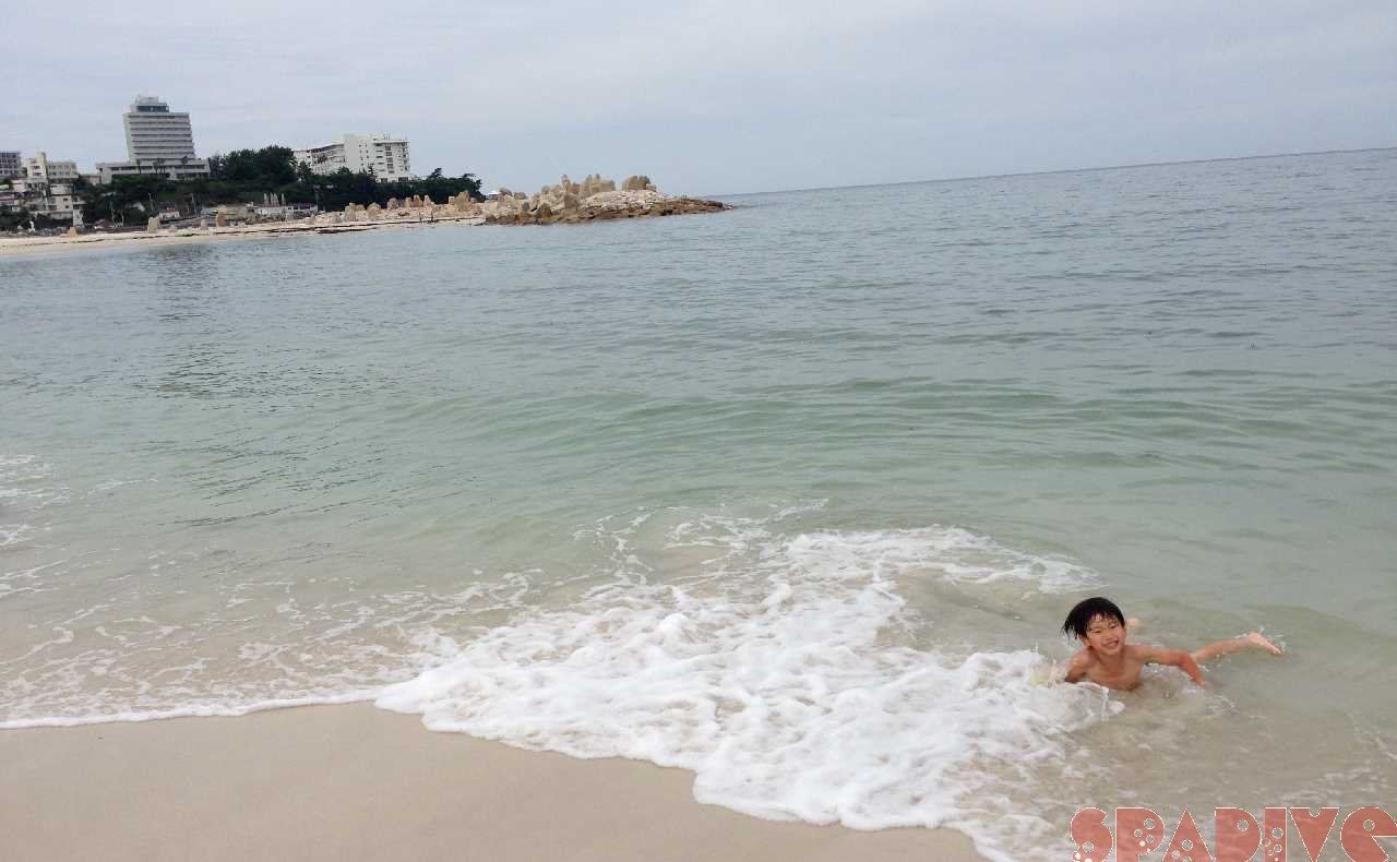 雨上がりの白良浜でこども達と今回はガチ海水浴|6/6/2021南紀白浜