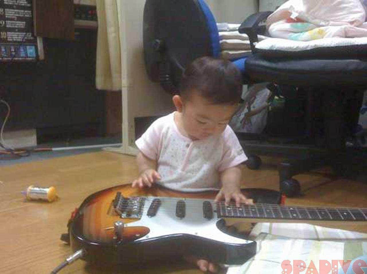 ♡ちっちゃなギタリストさん♡