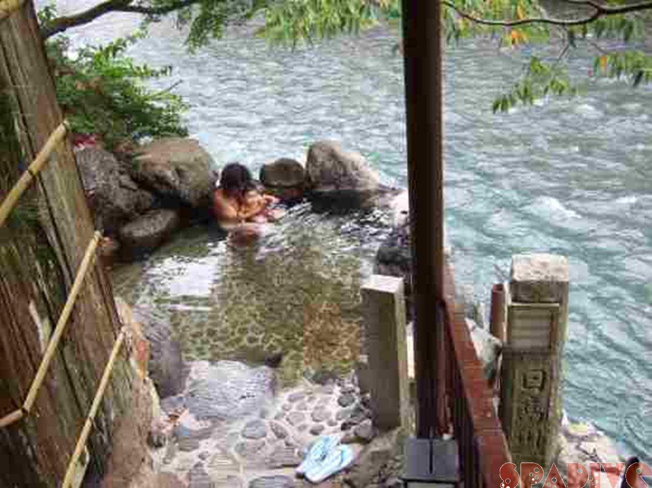 日帰りで和歌山 龍神温泉へ|混浴露天風呂あり|6/26/2009下御殿