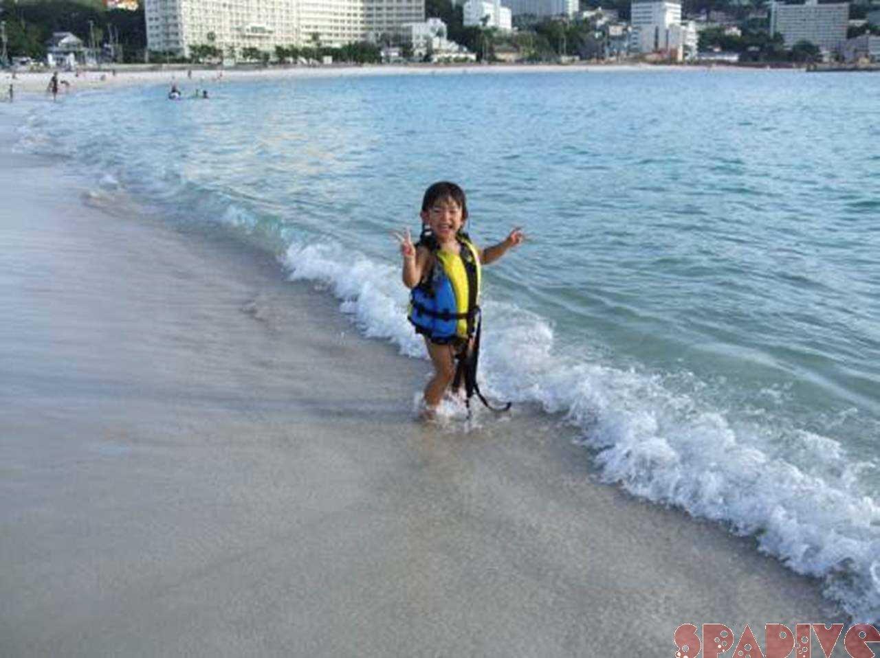 回復のきざし?!娘と海水浴|9/14/2011