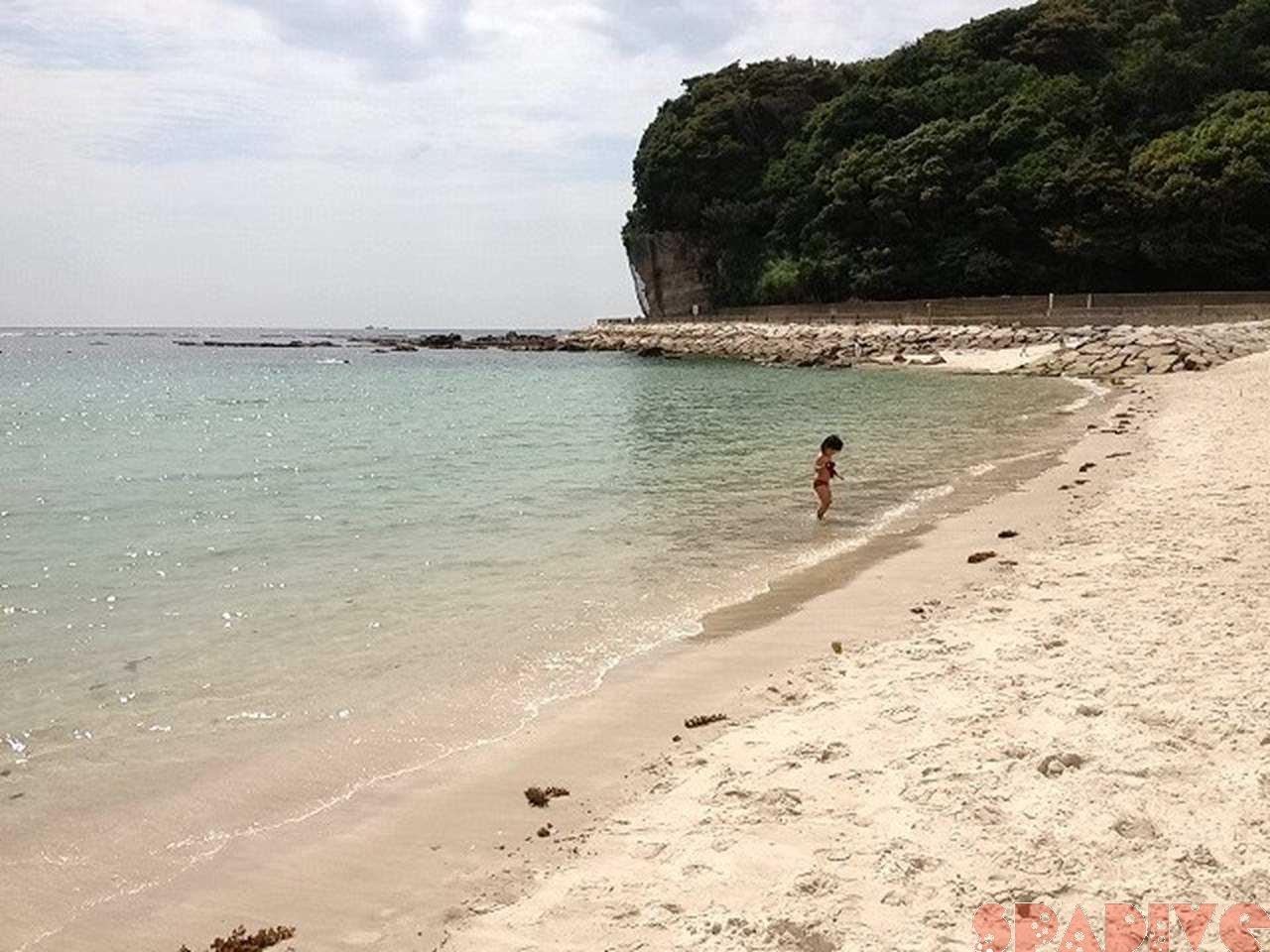 また脱いじゃったよぉ|公園で遊ぶはずが白良浜で海水浴2012/6/3