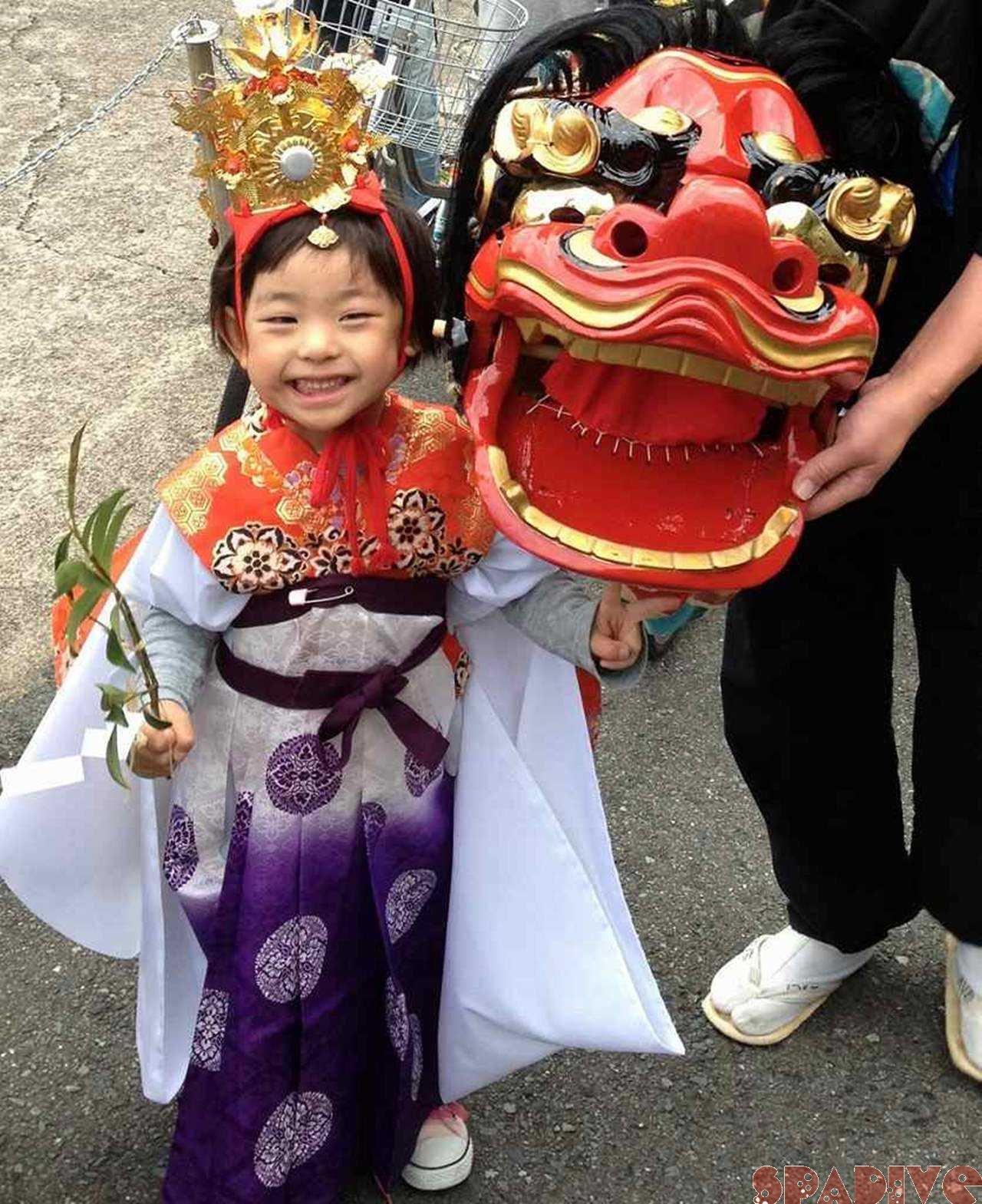 11月2日は湯崎のお祭りでお稚児さんしてきたよ♪